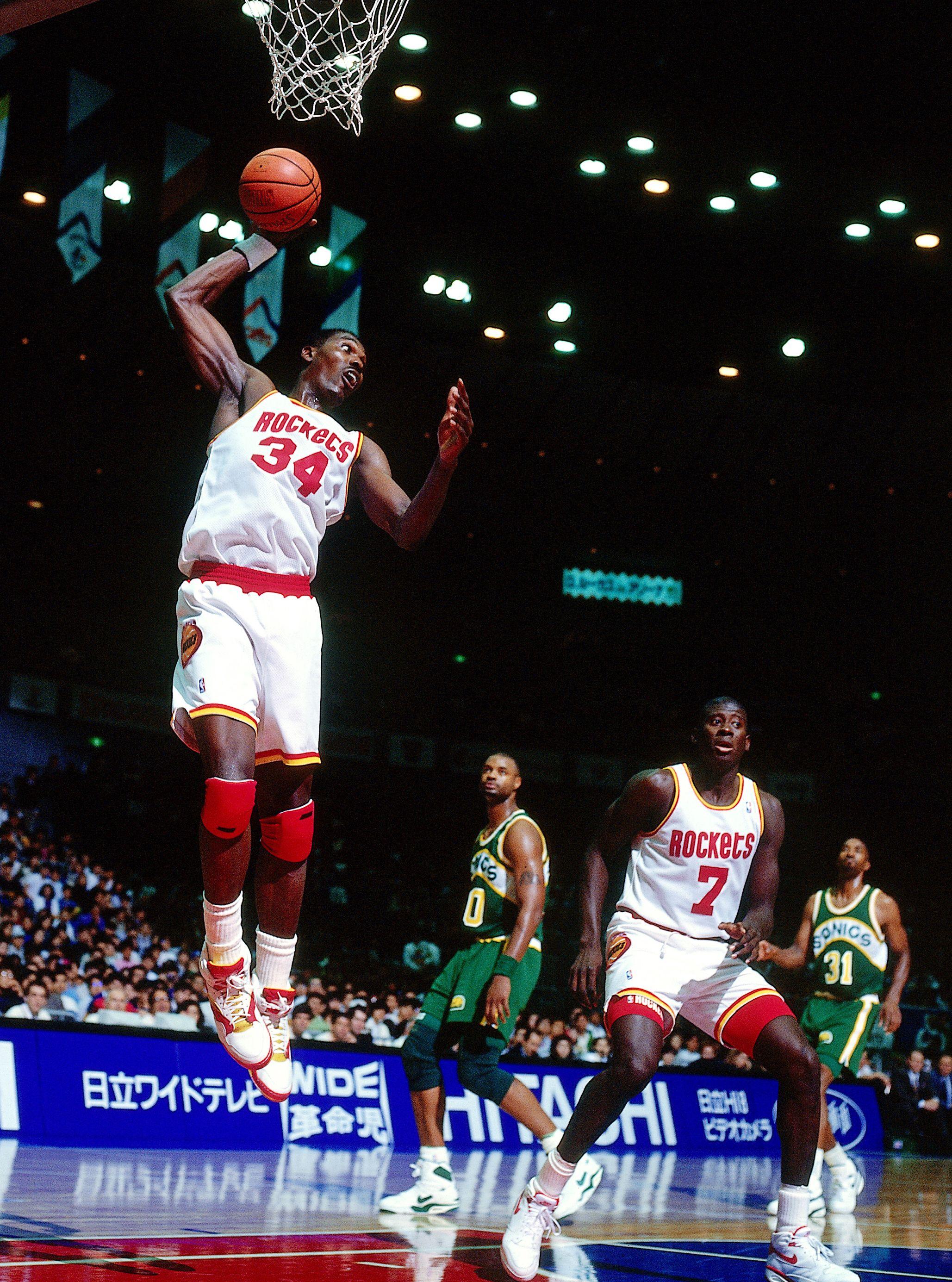 5. Hakeem Olajuwon - Photos: Greatest NBA centers of all time - ESPN