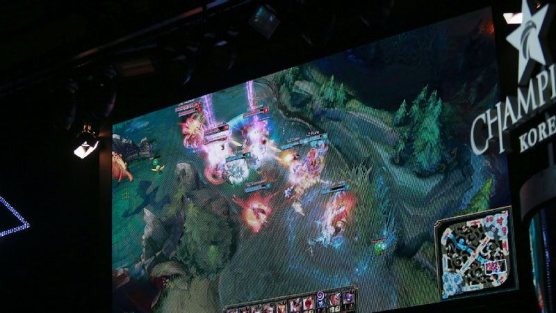 Fans can watch the their favorite teams duke it out on a large screen at the OGN studio.