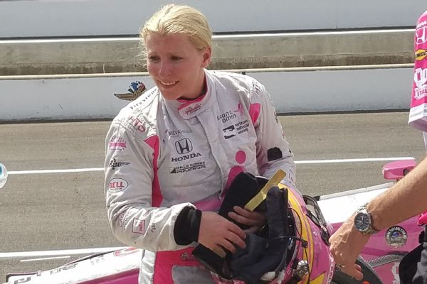 Pippa Mann was in ninth place with 10 laps to go, but finished 18th after needing a splash of fuel and having to race on old tires.