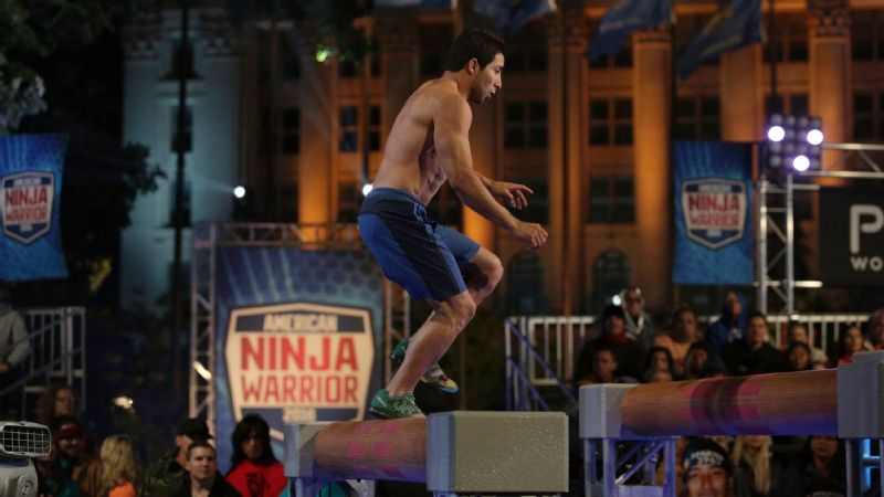 Nery Orozco attempts the Log Runner on 'American Ninja Warrior' in the Oklahoma City Qualifier.