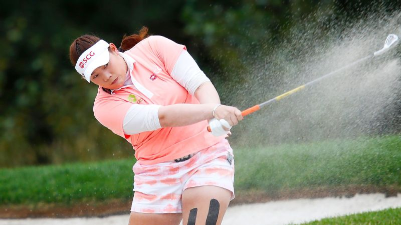 Ariya Jutanugarn missed a chance to take a big lead into the final round of the Canadian Pacific Women's Open, making two late bogeys Saturday at Priddis Greens.