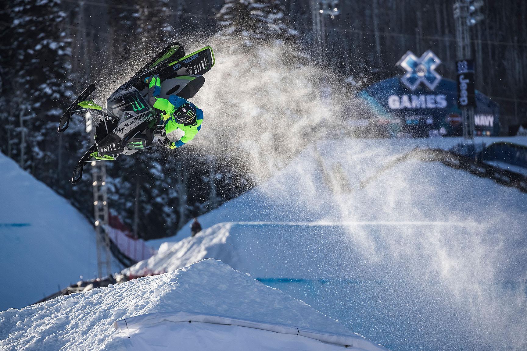Cory Davis, Snowmobile Freestyle