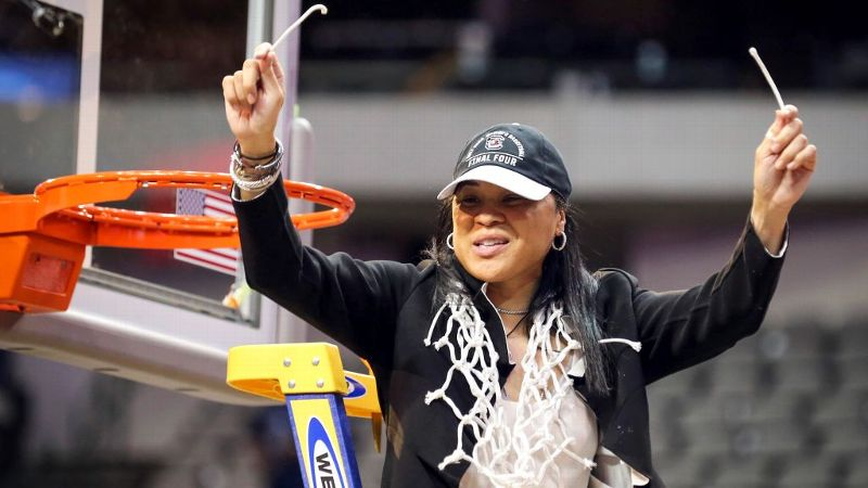 Dawn Staley has agreed to a four-year contract extension following South Carolina's national title win.