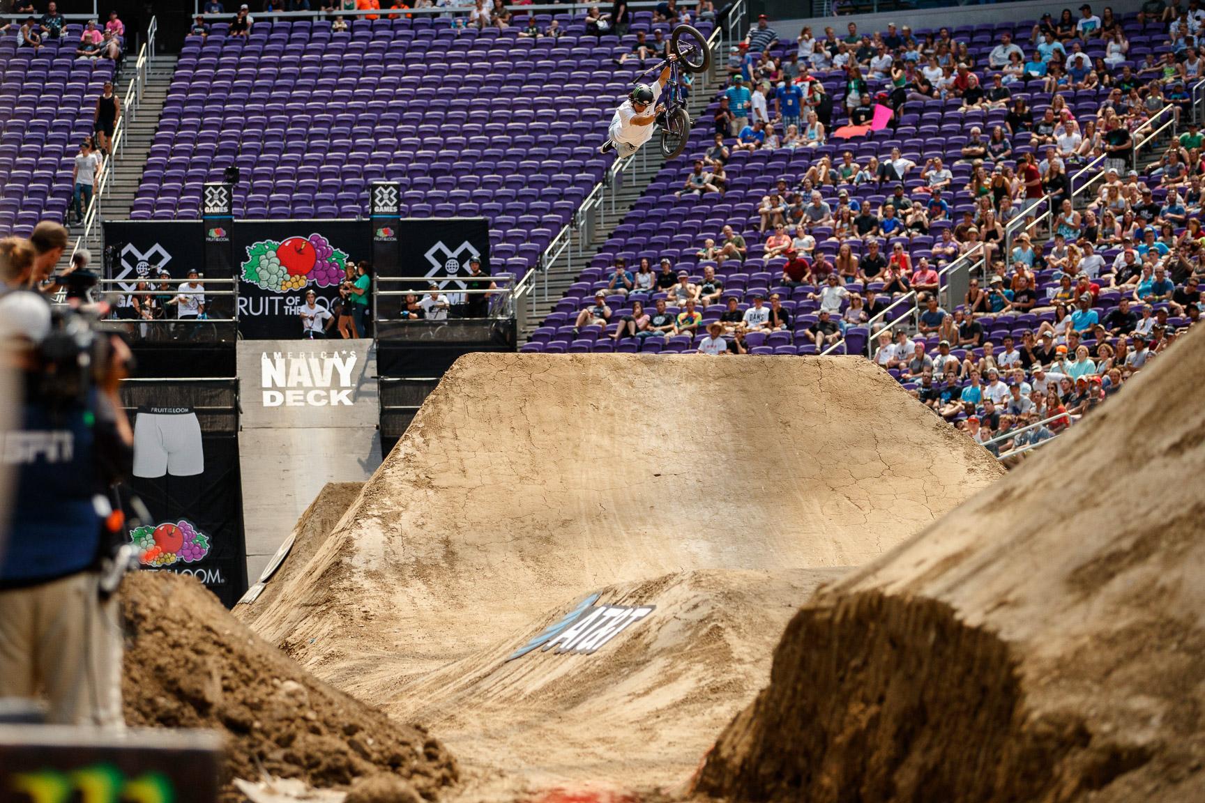 Kevin Peraza, BMX Dirt