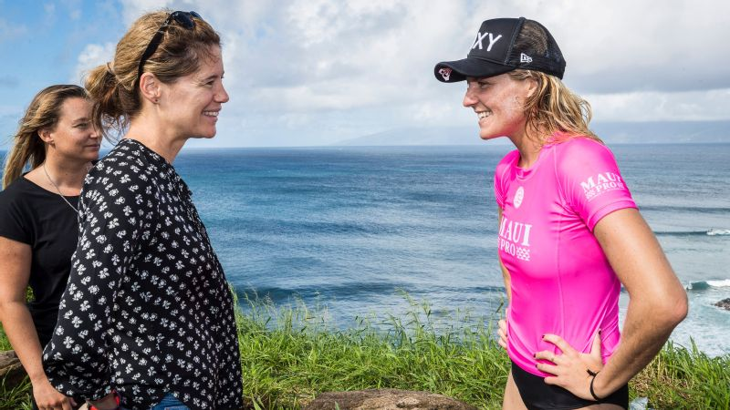 World Surf League CEO Sophie Goldschmidt (left) talks with six-time world champion Stephanie Gilmore at women's Maui Pro 2017 in Honolua Bay.