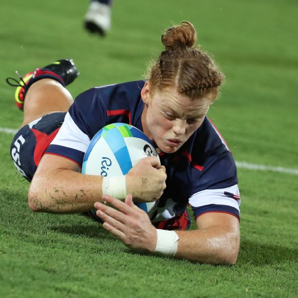 Alev in action during the Women's Placing 5-6 Rugby Sevens match between France and the U.S. at the Rio 2016 Olympic Games.