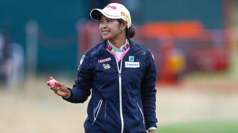 Pornanong Phatlum had only one bogey in the third round, shooting a 3-under 69 to lead the Ricoh Women's British Open by one stroke heading into Sunday.