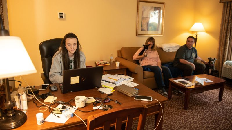 Faith Brown and her parents, Roger and Lindy, at their hotel in Red Bluff.