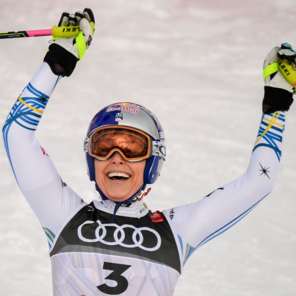 In the last run of her skiing career, Lindsey Vonn won a bronze medal.