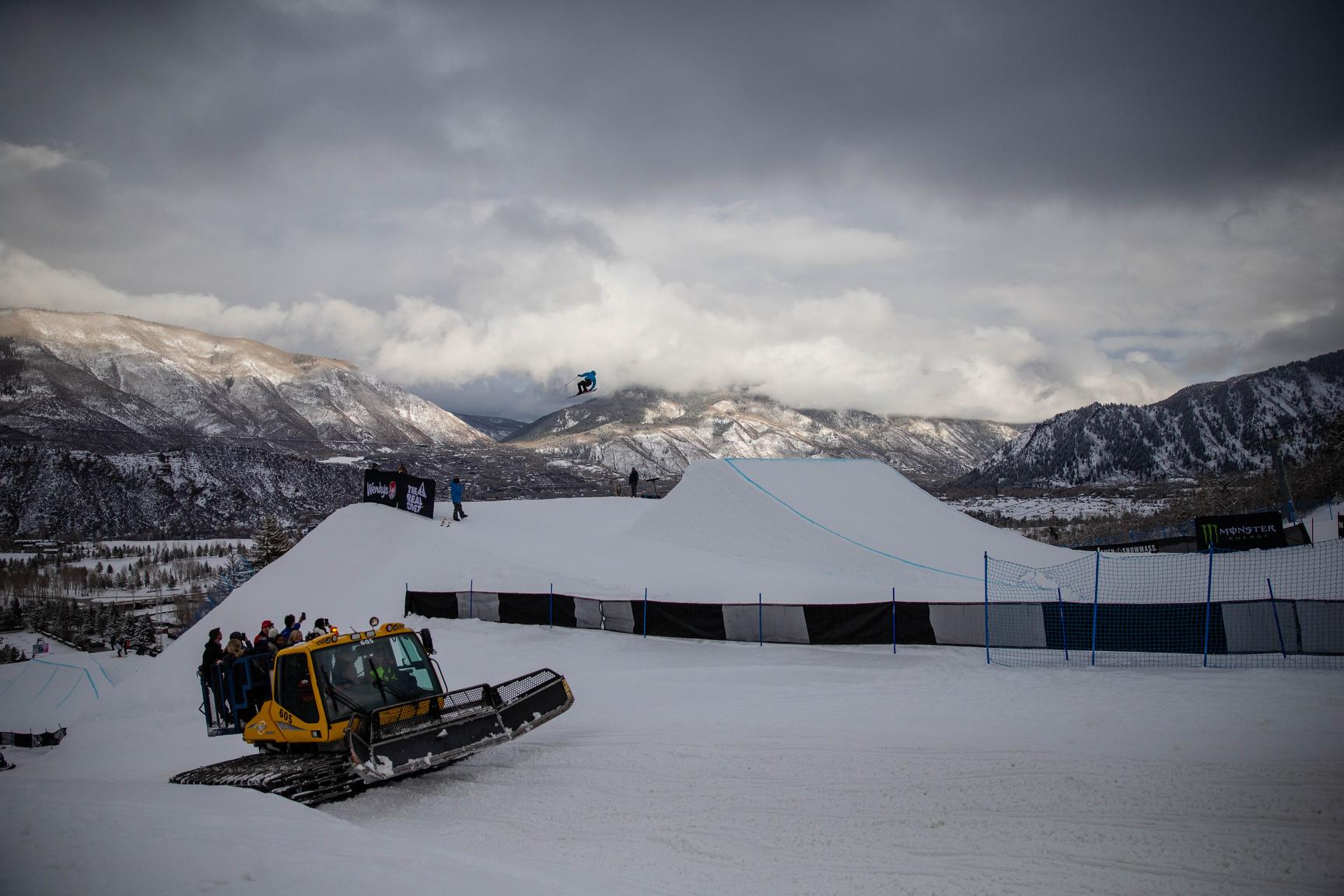 Isabel Atkin, W Ski Slopestyle Practice