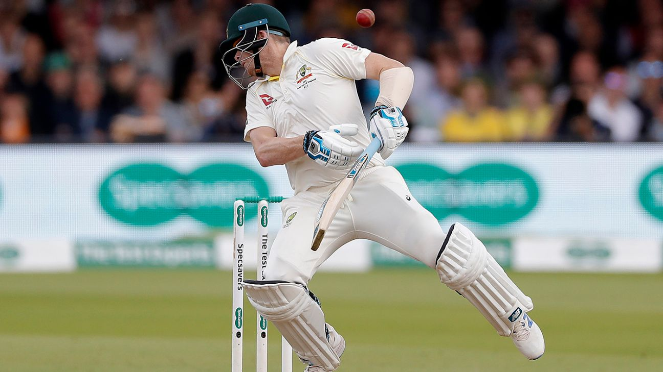 In Case You Missed It: Smith takes a hit, Sri Lanka show grit