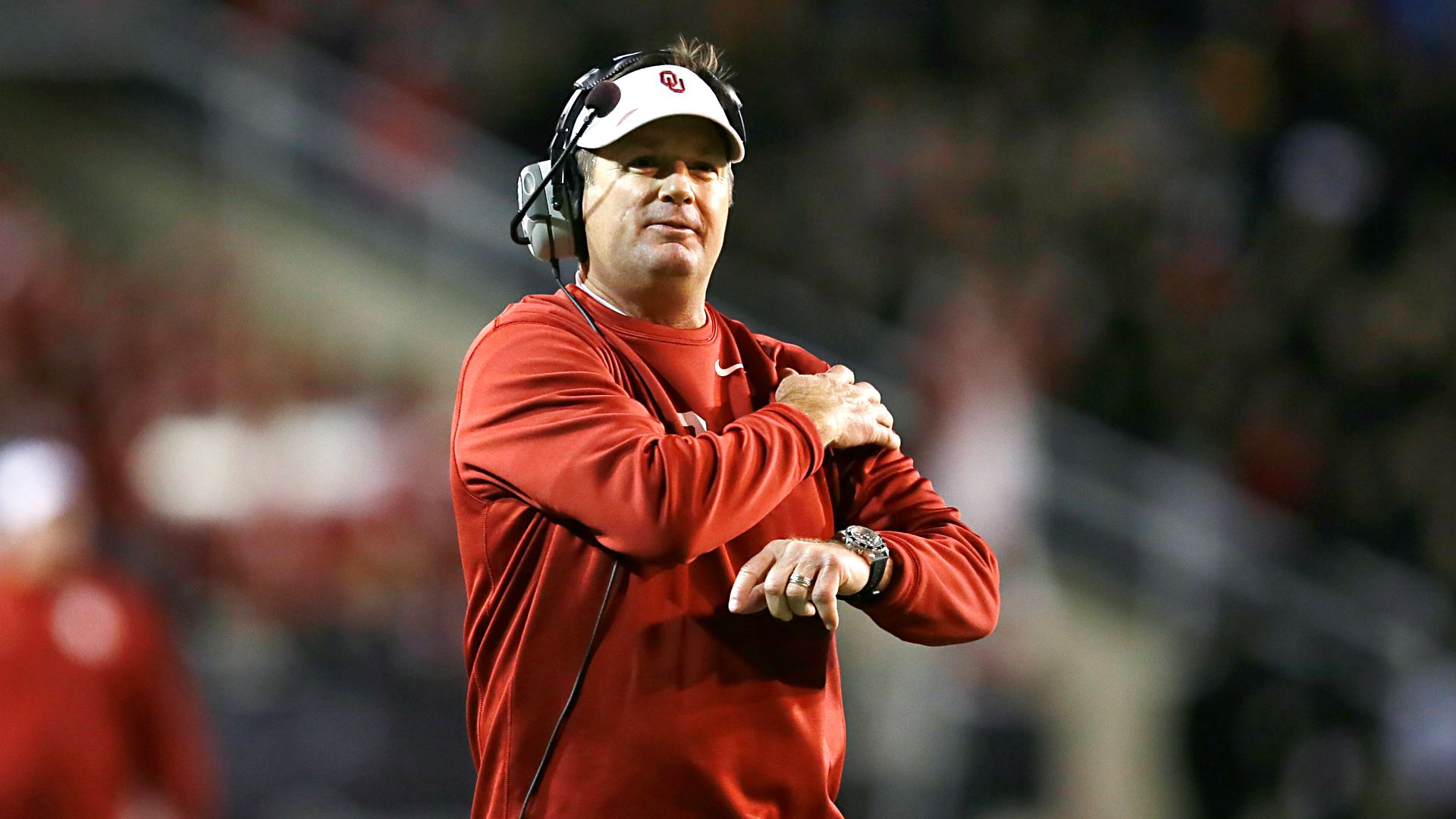 5efa59b6 Bob Stoops of Oklahoma Sooners not a candidate to coach Cleveland Browns