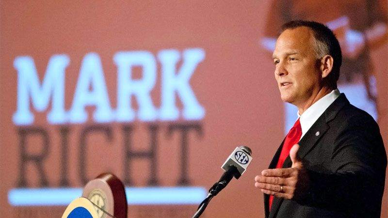 Mark Richt returns to work less than 3 weeks after heart attack