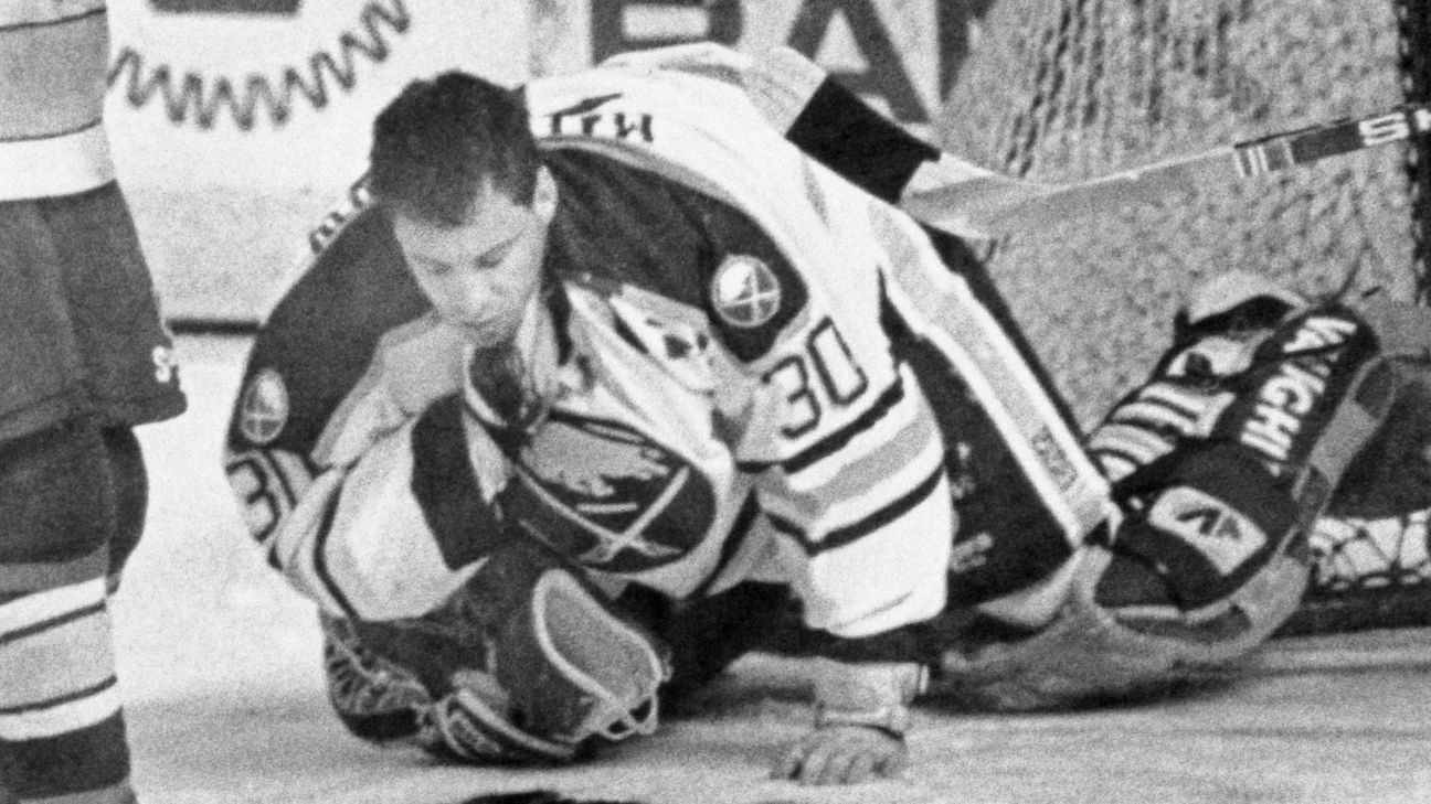 Nhl Clint Malarchuk Remembers The Frightening On Ice Injury That