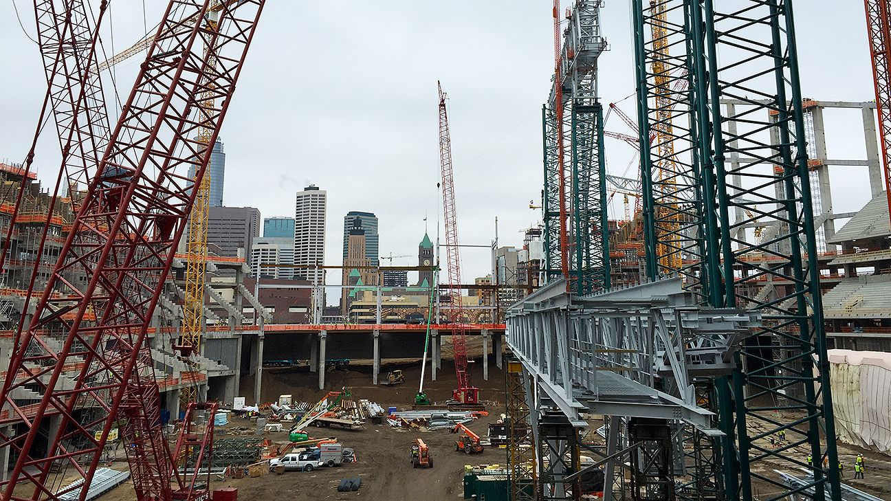 Worker Dies In Accident On Roof At Minnesota Vikings New