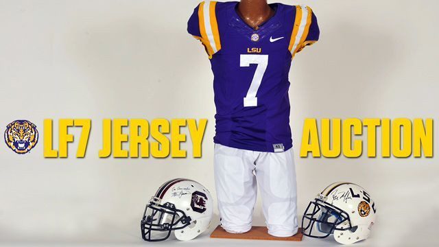 size 40 d4532 ce751 Jersey of LSU Tigers RB Leonard Fournette sells for $101K at ...