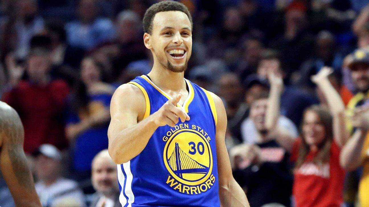 44c206c8926 Stephen Curry passes his dad, Dell Curry, on NBA all-time 3-point list