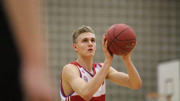German forward Freudenberg picks St. John's