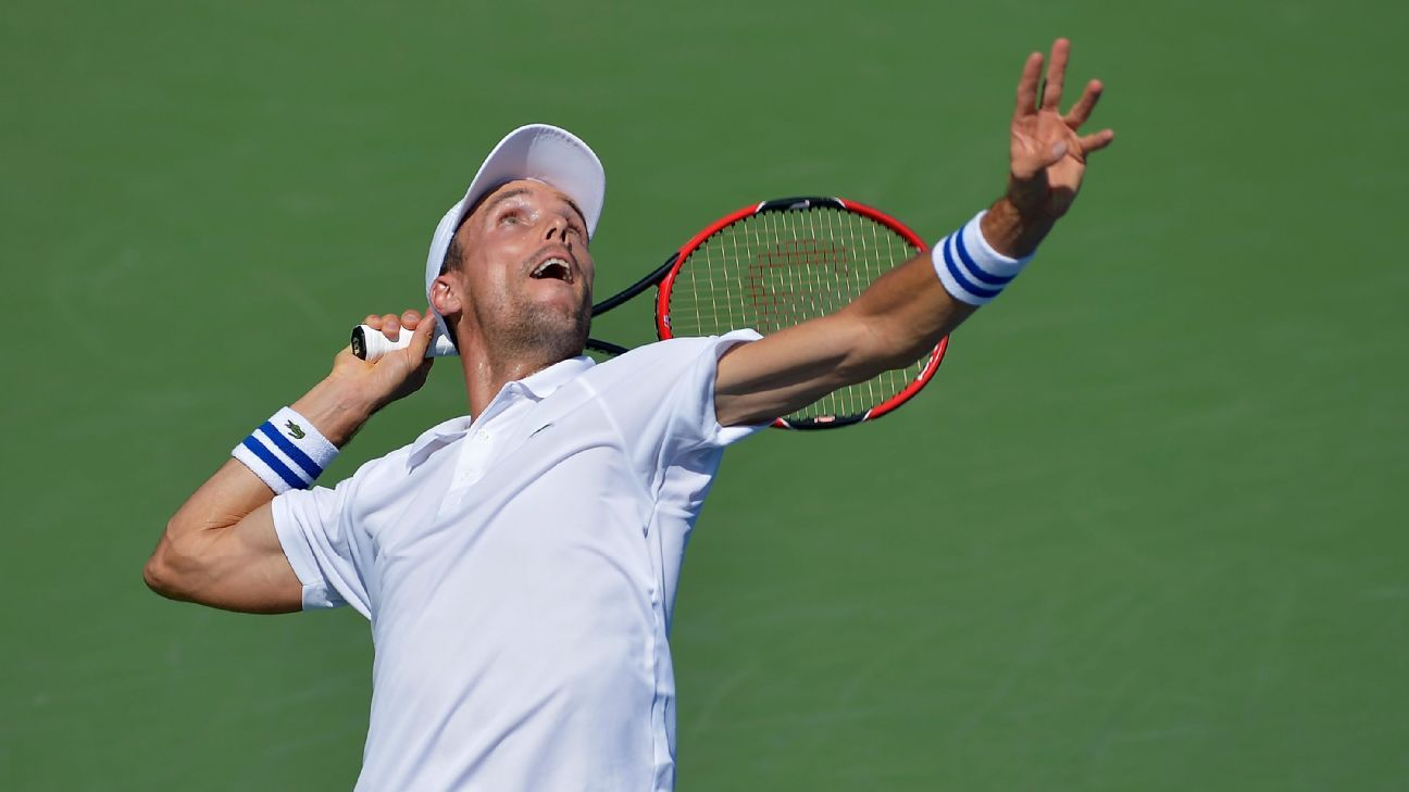Bautista Agut leaves Davis Cup as father dies