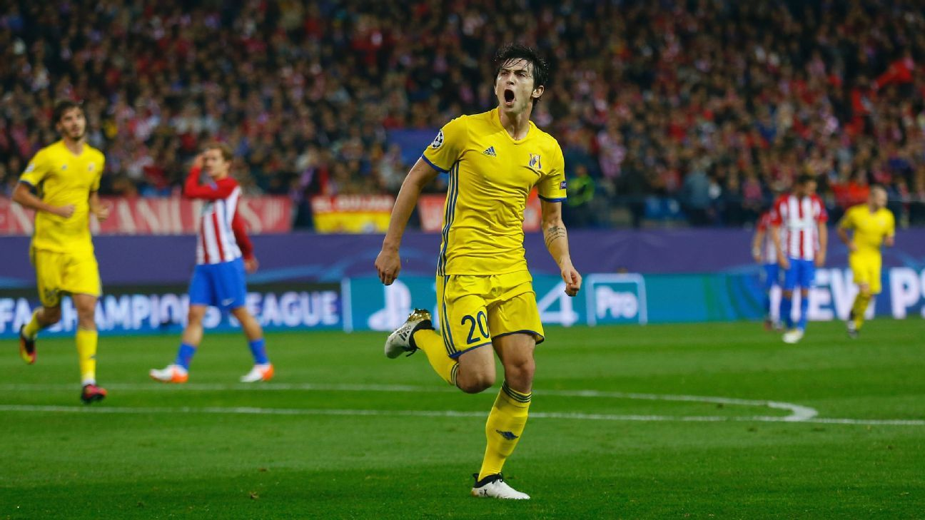 803e1e13d Liverpool target Sardar Azmoun to stay at Rostov for now - agent
