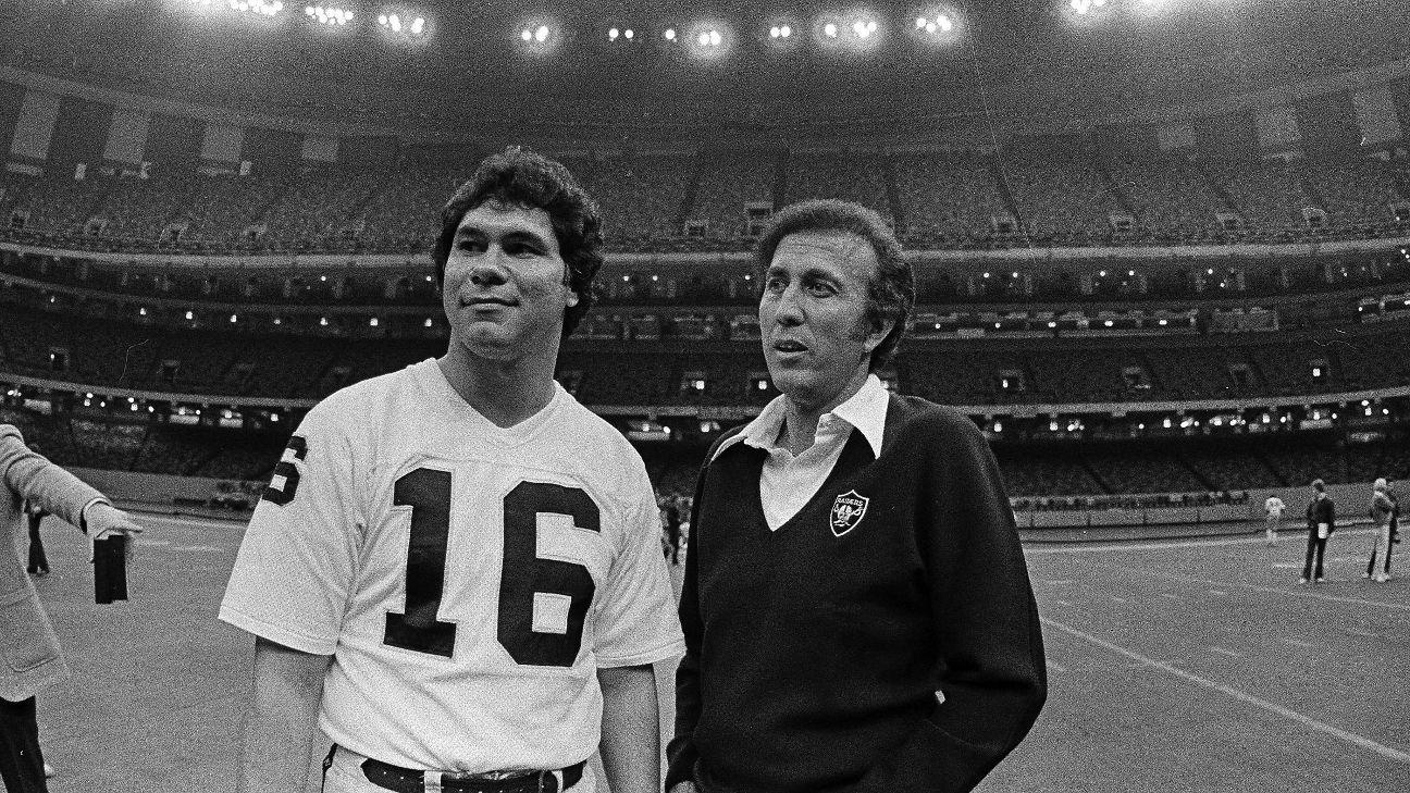Tom Flores, Jim Plunkett blazed path to Raiders popularity ...