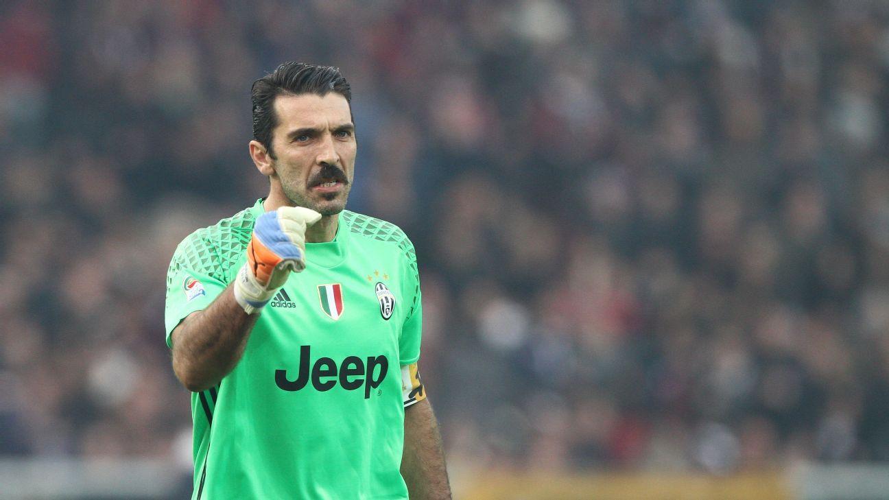 purchase cheap bb9c4 9bf0c Juventus' Gianluigi Buffon breaks another record