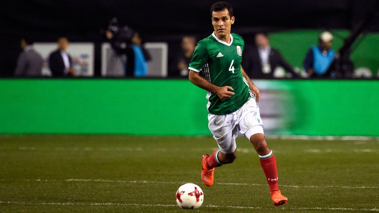 bedcee5ae Rafa Marquez trains for Mexico without any sponsorship logos on gear