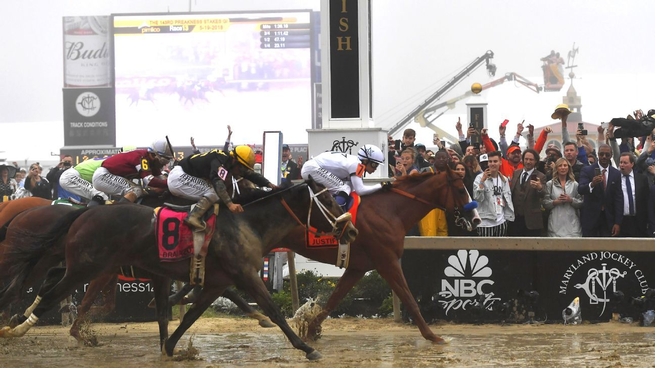 Justify Overcomes Sloppy Track At Pimlico Wins Preakness