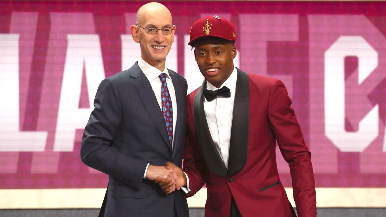 61f452a42bb9 Cleveland Cavaliers select Alabama Crimson Tide point guard Collin Sexton  with No. 8 pick of NBA draft