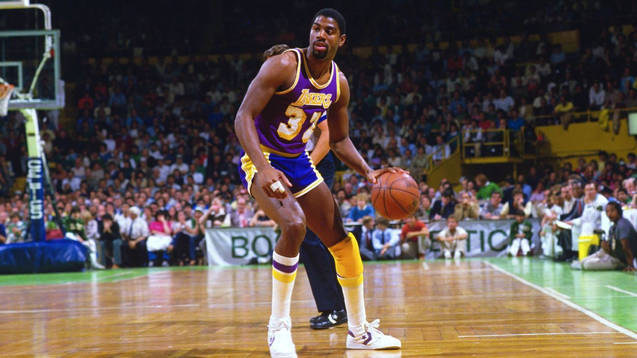 4a297b435 Uni Watch s Flashback -- Looking back at the iconic looks of the Lakers