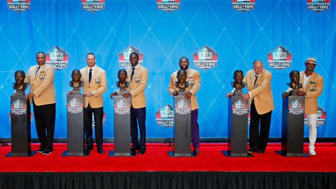 How Hall of Famer Terrell Owens got his gold jacket - Atlanta Falcons Blog-  ESPN bc419dd4a