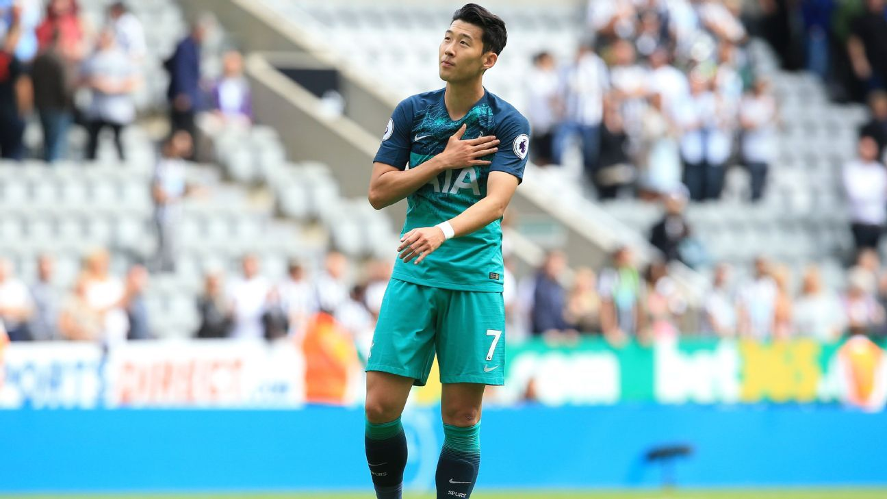 best website ff3be f099a Tottenham's Son Heung min arrives in Indonesia for Asian ...
