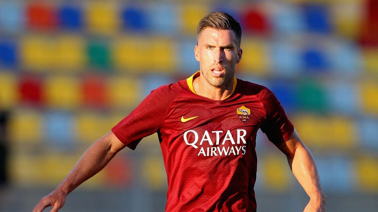 Kevin Strootman completes transfer from Roma to Marseille