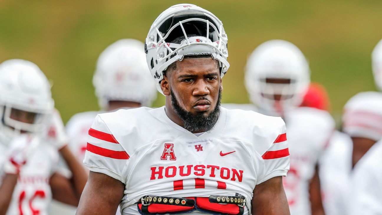 3b156a8fba Players skipping college football bowl games for NFL draft