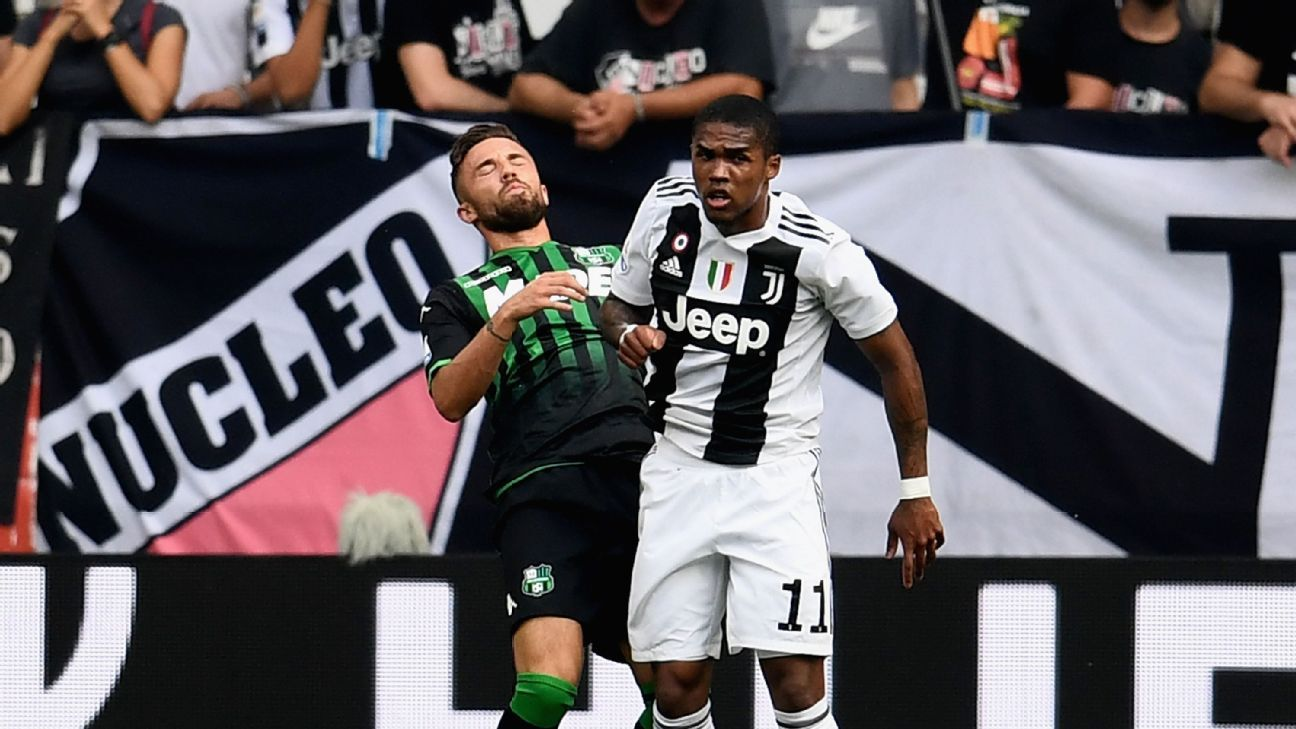 8802a858d66 Juventus to fine winger Douglas Costa for spitting incident - Max Allegri