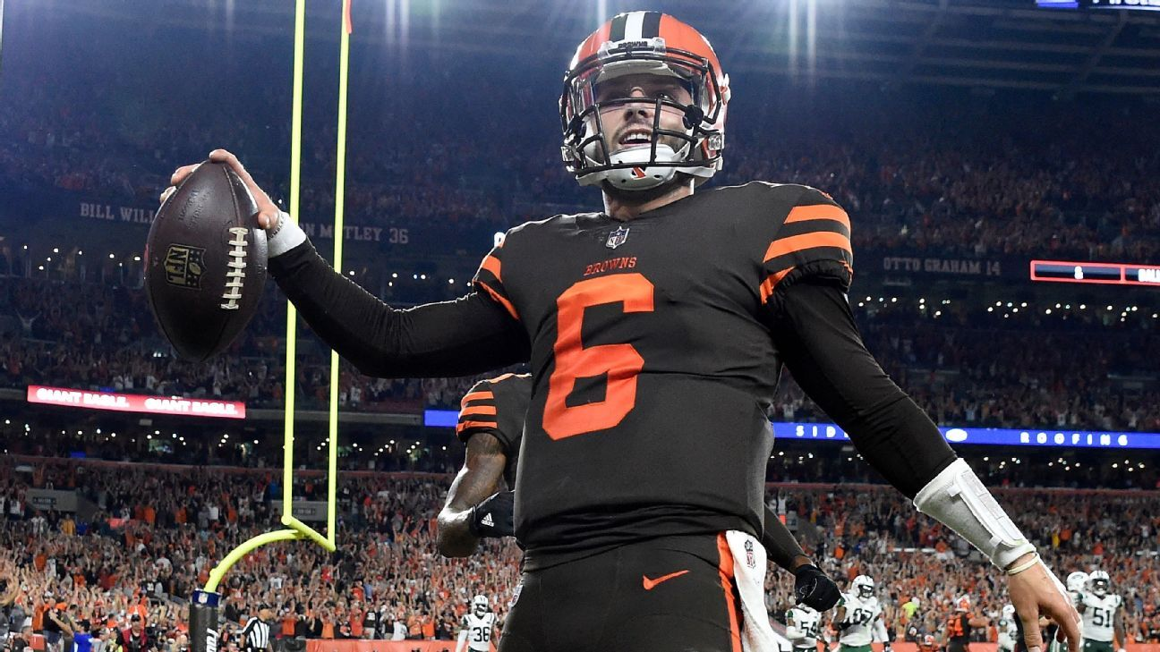 161e272ad Inside look at Baker Mayfield s first game with Cleveland Browns -  Cleveland Browns Blog- ESPN