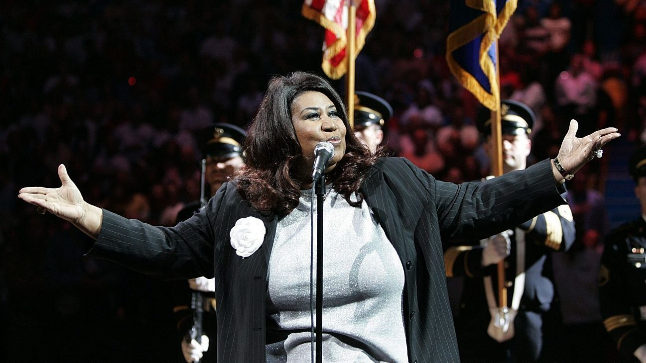 Pistons honor Aretha Franklin with 2004 national anthem recording