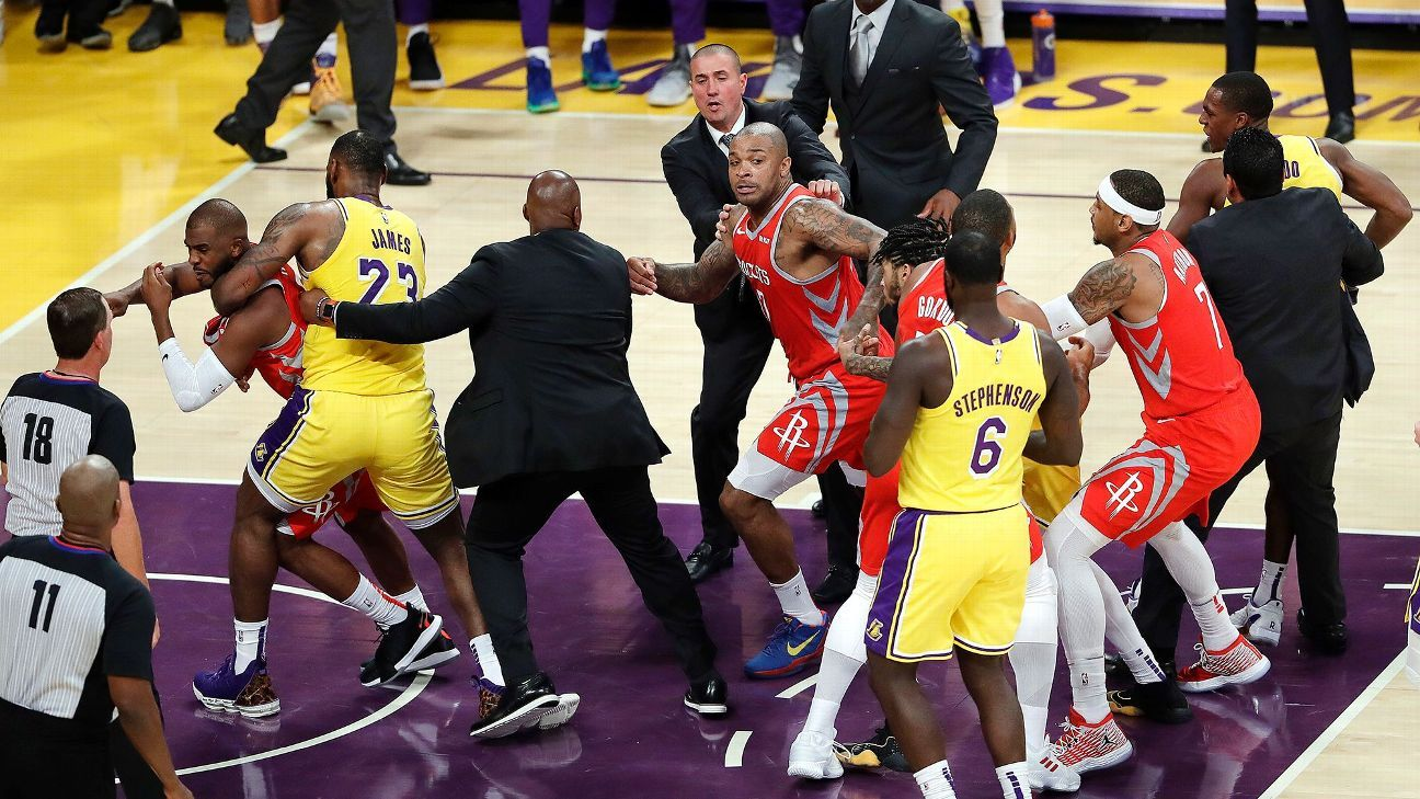 77092272ea5 Houston Rockets and Los Angeles Lakers get in scrum