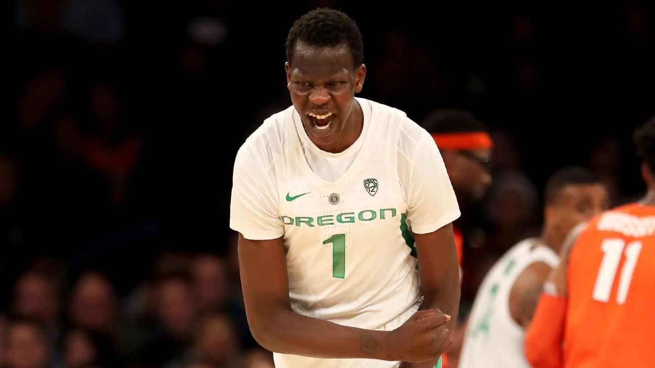 Top 5 Nba Prospect Bol Bol Out For Season At Oregon Will