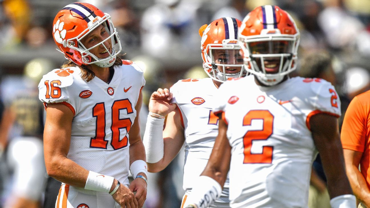 Clemson, Notre Dame in uncharted waters with quarterback switches