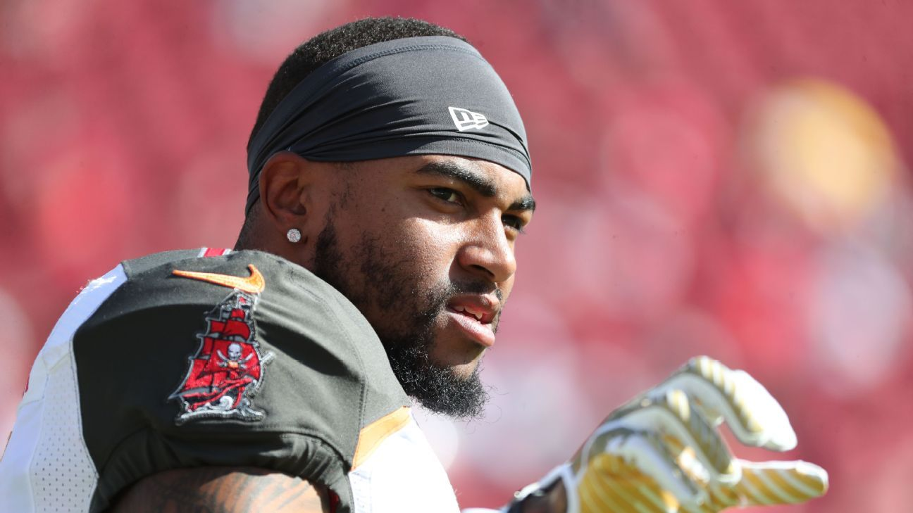 DeSean Jackson is headed back to Philadelphia after the Eagles agreed to a trade with the Bucs, sources told ESPN's Dianna Russini, confirming earlier reports.