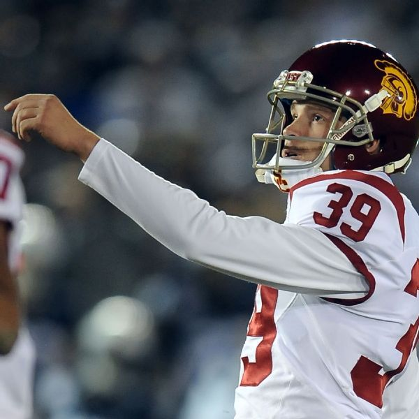 Kicker Boermeester suing USC over expulsion