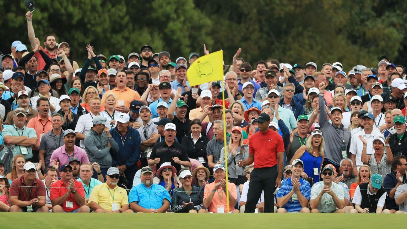 He's back -- Tiger wins first Masters since 2005