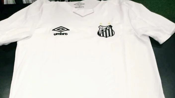 48b9029a9 Santos  Nova camisa 1 vaza na web
