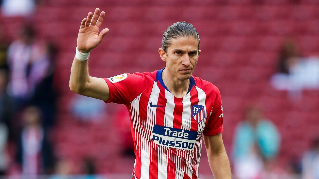 2bf0fc901ec8 Barcelona looking at Filipe Luis as possible Alba backup - sources