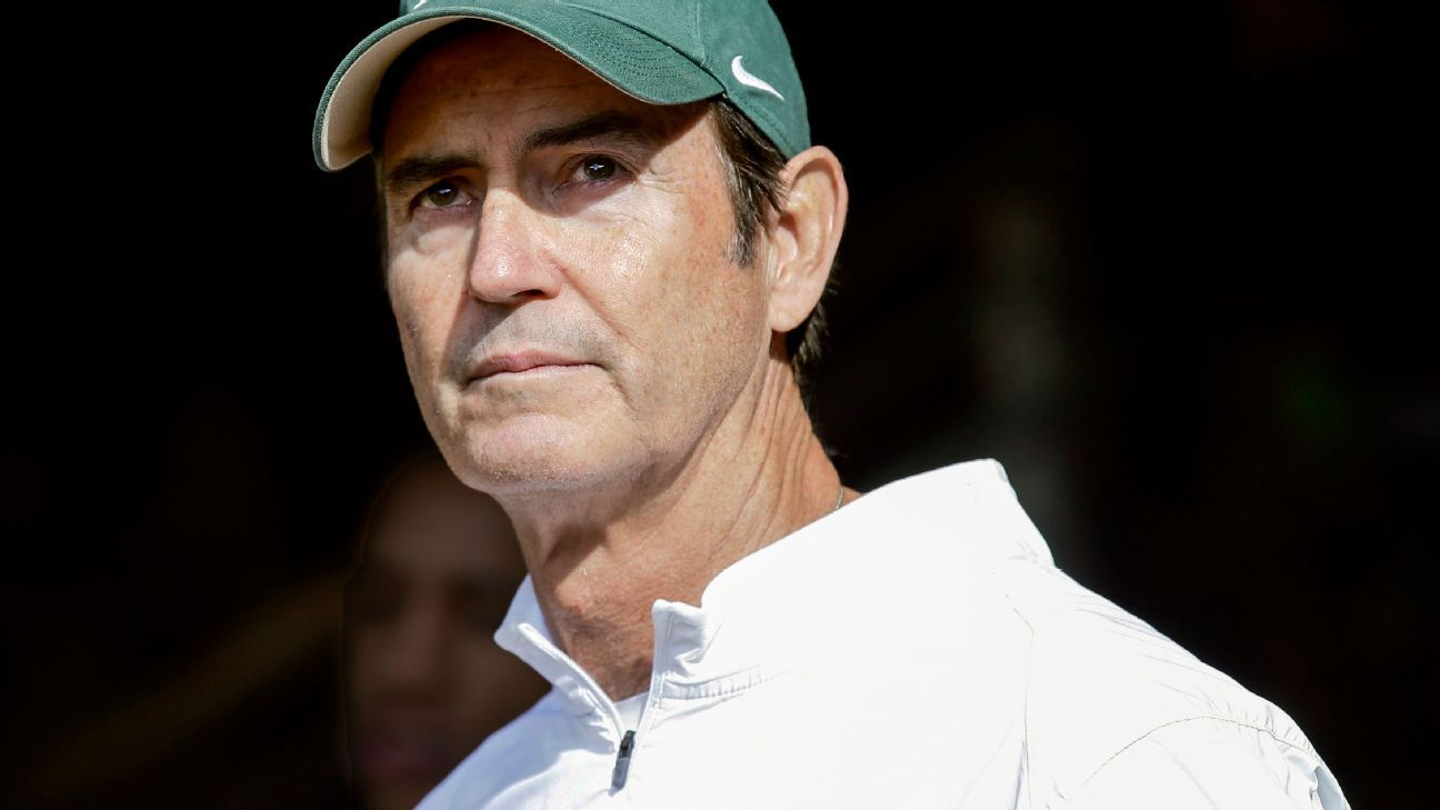 How a small Texas town has reacted to the hiring of Art Briles