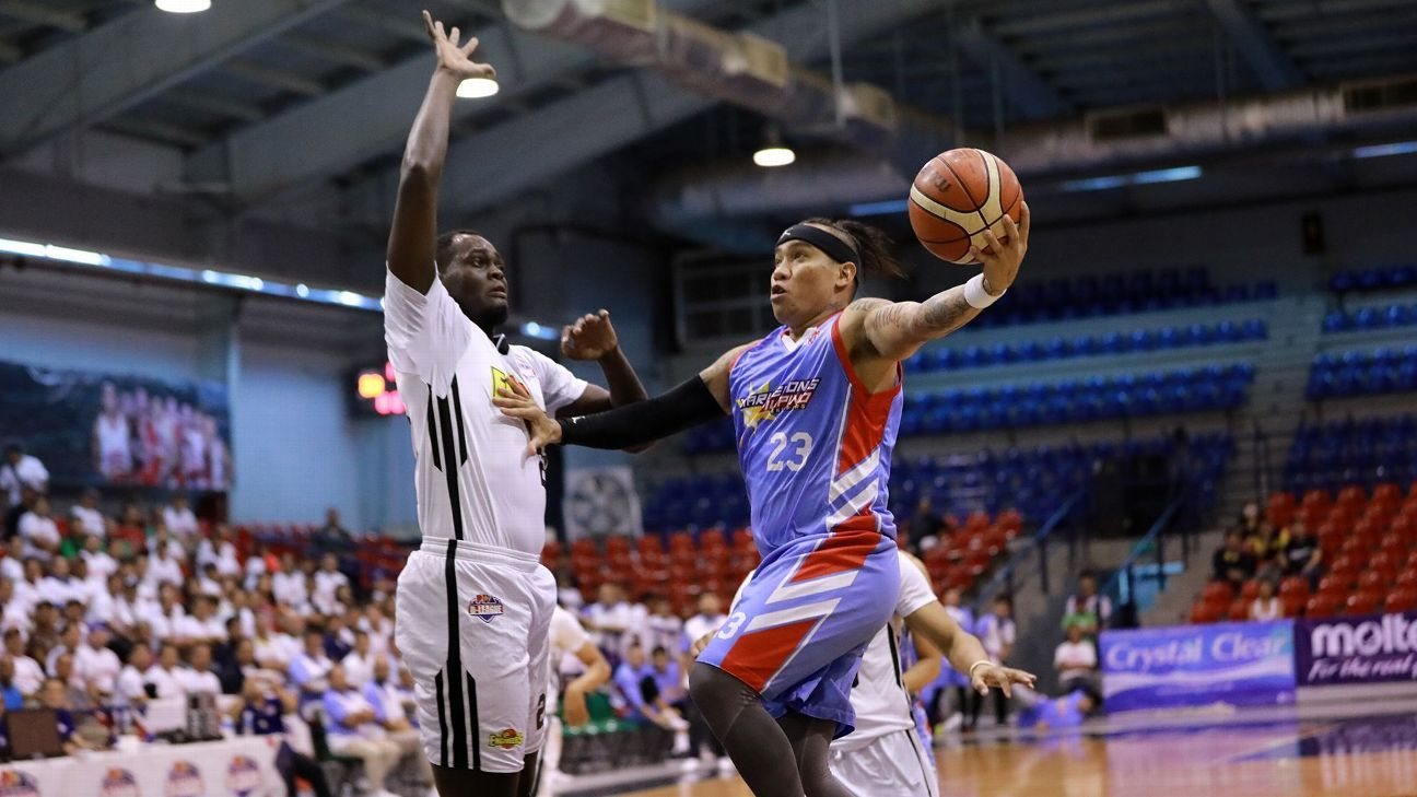 St. Clare, Marinerong Pilipino take 1-0 leads in D-League semis