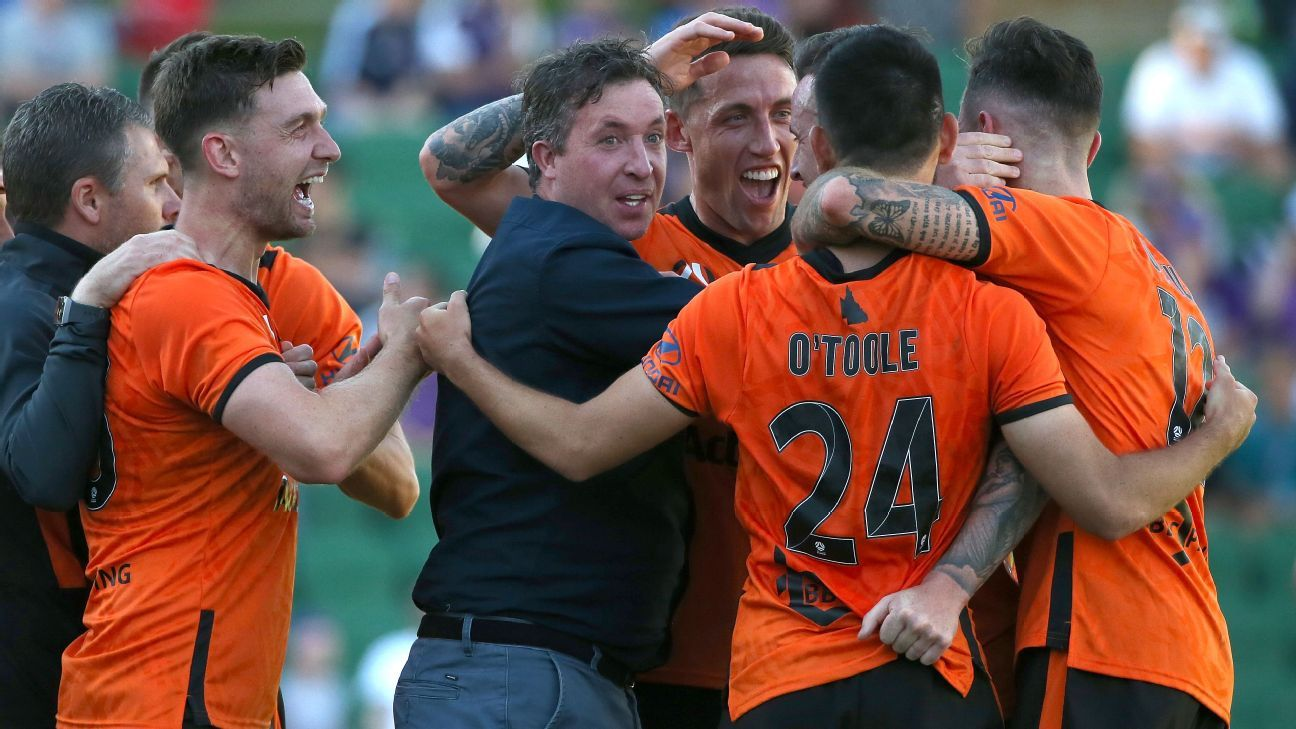 Robbie Fowler's Brisbane Roar earn point after VAR drama