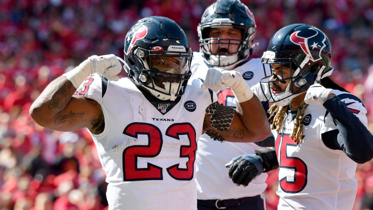 Texans use stout run game to keep Patrick Mahomes off the field in 31-24 win