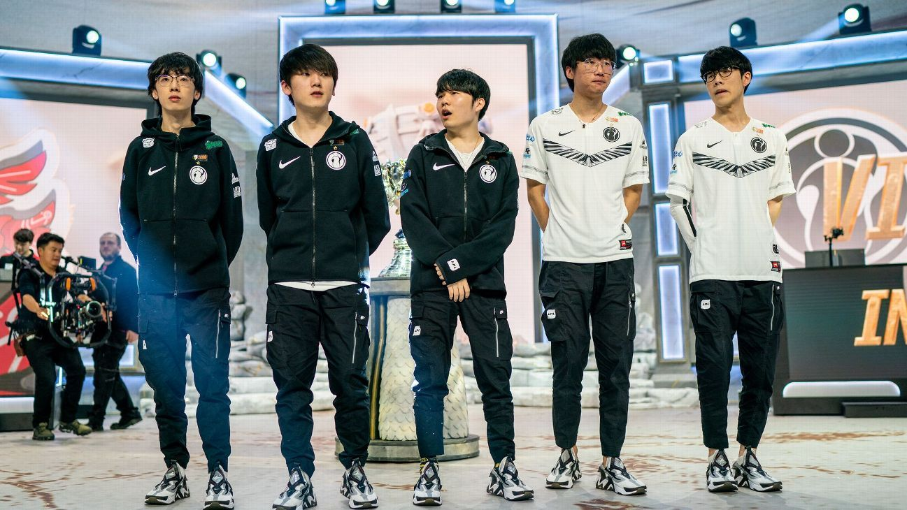 Player rankings for Group D at the League of Legends World Championship